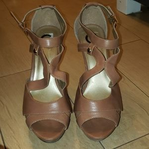 Tan G by Guess Sandals sz 9.5